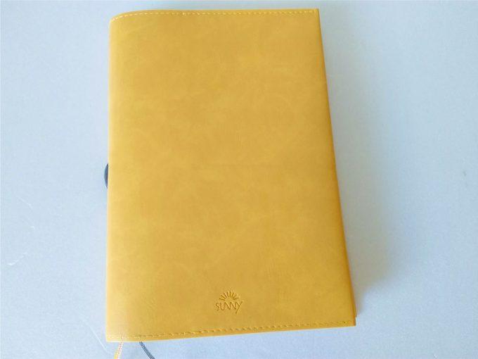 いろは出版 【SUNNY SCHEDULE BOOK】 時間軸にしばられない自由なバーチカルタイプの手帳比較